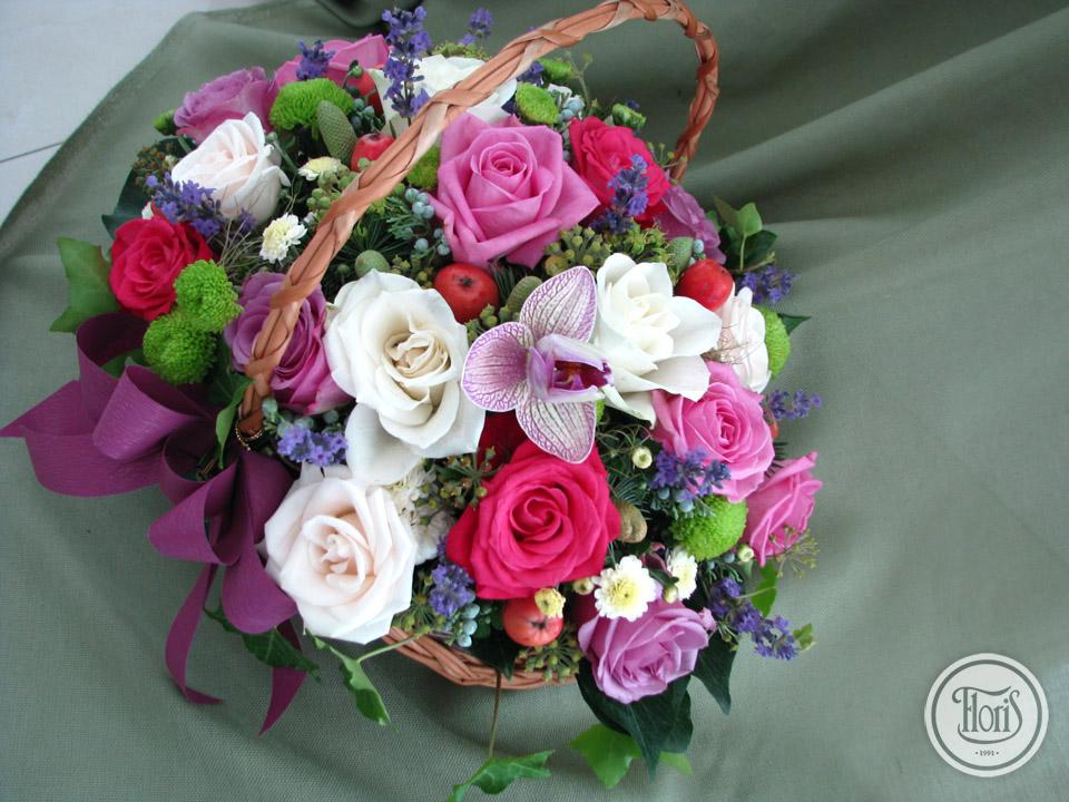 Aranžmani od svežeg i veštačkog cveća